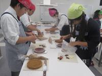 ユマニテク調理製菓専門学校 製菓授業